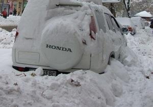 На дорогах Украины остается сложная обстановка