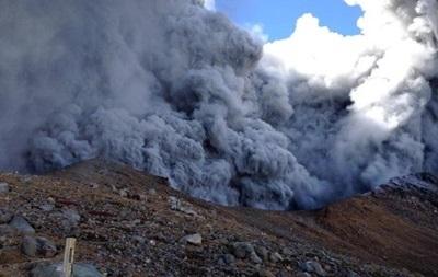 Извержение вулкана в Японии: количество жертв увеличивается