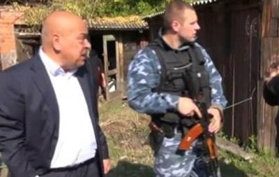 Иди отсюда!  Губернатор Луганской области поругался с жителем Попасной