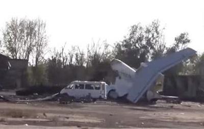 Сепаратисты продолжают штурмовать аэропорт в Донецке
