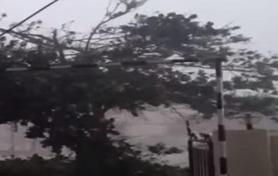Тропический шторм Гонсало усилился