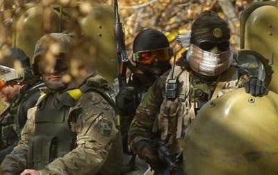 На Луганщине 112 украинских военных попали в окружение - губернатор