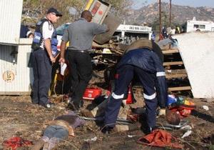 В ЮАР столкнулись грузовик и поезд: более 20 погибших
