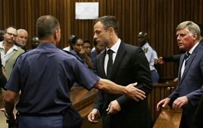 Писториус получил пять лет тюрьмы за убийство своей подруги