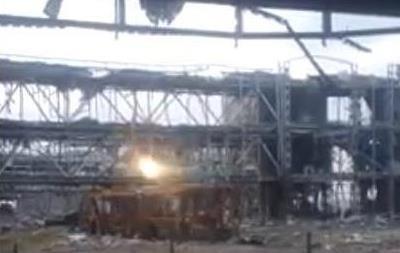 Бои за донецкий аэропорт:  киборги  выложили в сеть новое видео