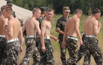 Двое военных на Донбассе получили по году тюрьмы за невыполнение приказа