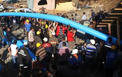 Авария на шахте в Турции: 18 шахтеров под землей