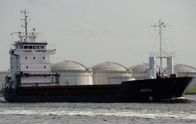 У берегов Швеции сел на мель эстонский танкер, в море вытекла нефть