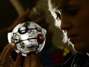 На этой неделе шарик Рубика поступит в продажу