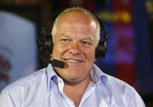 Комментатор Sky Sports, подавший иск против News Corp, был уволен за сексизм