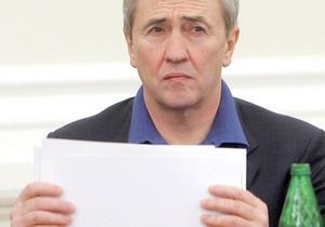 Черновецкий подписал решение горсовета о местном самоуправлении