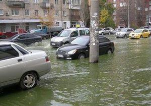 Из-за аварии теплосети центр Киева залило кипятком