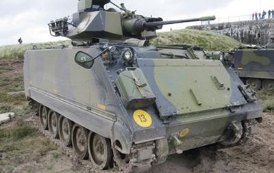 США подарували Греції 500 бронетранспортерів