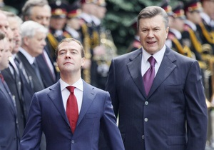 Янукович пообещал развивать отношения с РФ не в ущерб отношениям с ЕС и США