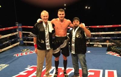 Бокс: Олександр Гвоздик нокаутував досвідченого американця