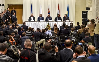 Вишеградська група: Захоплення Криму - це агресія з боку Росії