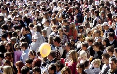 В Україні продовжує скорочуватися чисельність населення