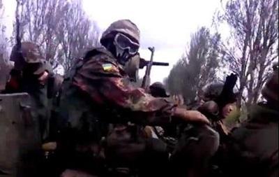 Бійці АТО зняли на відео, як проводять зачистку під Пісками