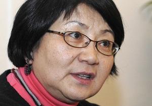 Отунбаева стала президентом Кыргызстана на переходный период