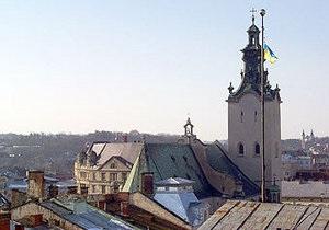 Львовские власти делают недостаточно для создания условий для малого и среднего бизнеса - Янукович