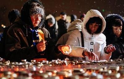 На Майдане прошла акция  Ночь памяти
