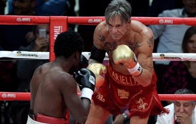 Бокс: Соперником звезды Голливуда Микки Рурка был бомж - источник