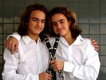 Впервые в Украине выступят близнецы-вундеркинды Гурфинкель