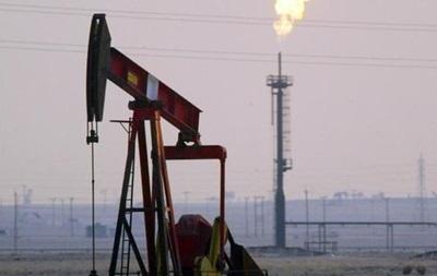 Цены на нефть падают после снижения прогнозов