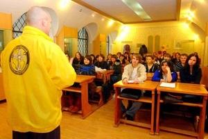 Добровольные саентологические священники провели семинар в Амурском Государственном Университете
