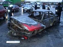 В Днепропетровске столкнулись пять автомобилей, один сгорел вместе с водителем