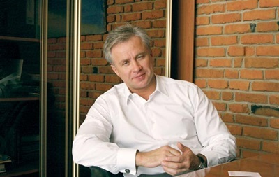 Порошенко звільнив мільярдера Косюка з посади заступника глави АП