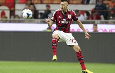 Боруссия хочет усилиться нападающим Милана