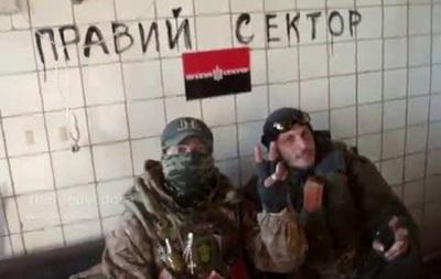 Киборги  провели видеоэкскурсию по старому терминалу аэропорта Донецка