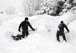БЮТ советует родителям, чьих детей заставят убирать снег, обращаться в столичную прокуратуру