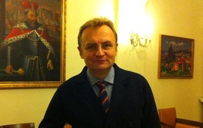 Мер Львова: Україна отримала кинджал у спину від Росії