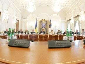 Сегодня Ющенко проведет заседание СНБО и посмотрит фильм Живые