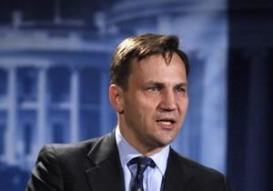 Самолет главы МИД Польши сломался накануне вылета в Берлин