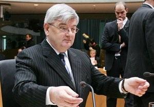 Резолюция по Ливии: Йошка Фишер считает, что глава МИД Германии поджал хвост