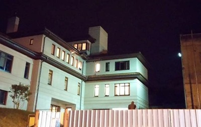 У Львові обстріляли будинок мера Садового