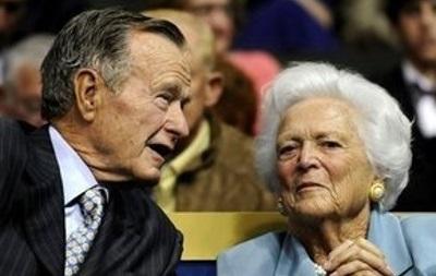 Джордж Буш-старший готується до виписки з лікарні