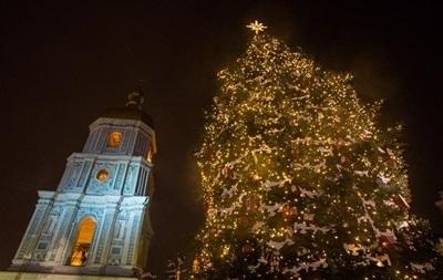 В Укренерго обіцяють не відключати світло в новорічну ніч