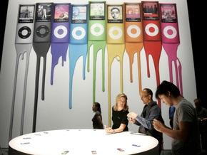 Суд запретил работать старшему вице-президенту Apple