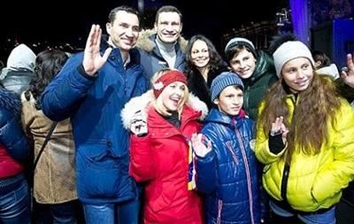 Кличко на Софийской площади открыл празднование Нового года