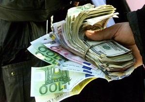 В СМИ появилась информация о введении налога на продажу валюты