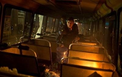 У Пакистані жертвами зіткнення автобуса і бензовоза стали 30 людей