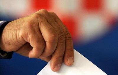 Другий тур президентських виборів проходить у Хорватії