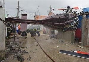 В Бразилии вертолет рухнул на жилой дом