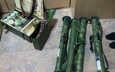 У Харкові обстріляли з гранатомета адмінбудівлю