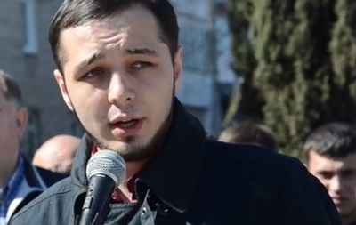 Задержание активиста, разорвавшего портрет Порошенко, оспорили в ЕСПЧ