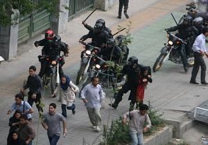 Amnesty International обвинила Иран в репрессиях против оппозиции